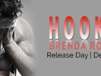 "Inediti in Italia: Release Blitz ""Hooked"" di Brenda Rothert"