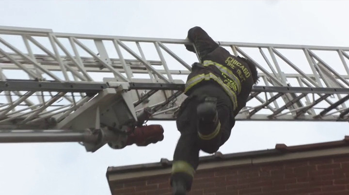 Chicago Fire-9x03-Imm.2