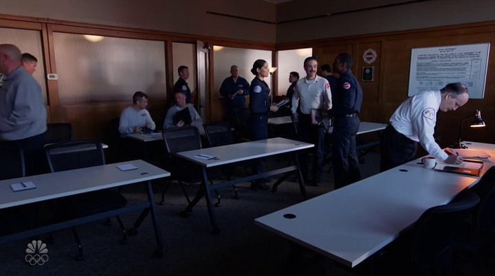 Chicago Fire-9x03-Imm.3